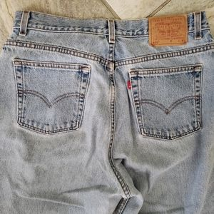 Levi's Vintage 550 Wedgie Mom Jeans Light Wash